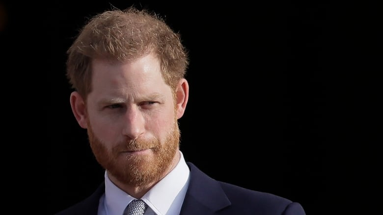 Prince Harry lands in Victoria to reunite with Meghan and son Archie