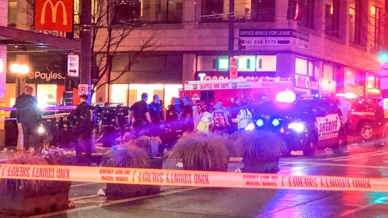 Shooting in downtown Seattle leaves 1 dead, 5 others wounded