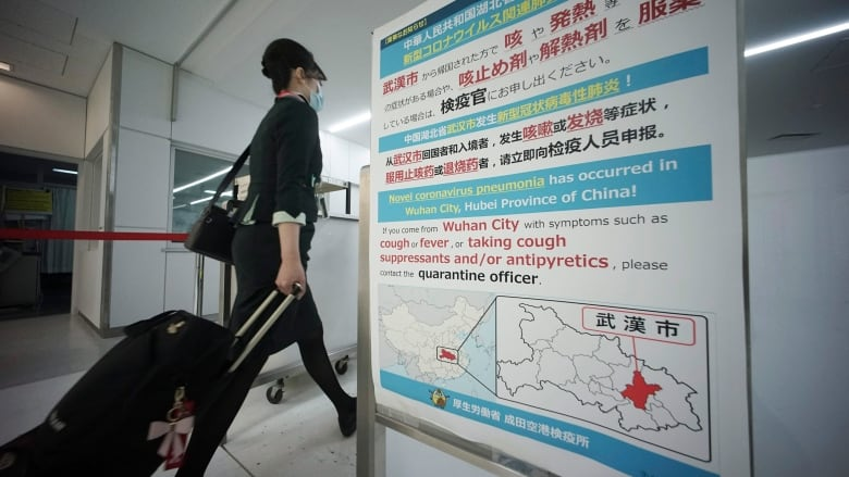 China locks down cities and transports to curb virus outbreak