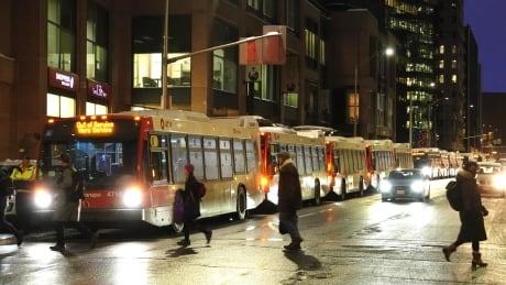 oc transpo special extra bus lrt o-train