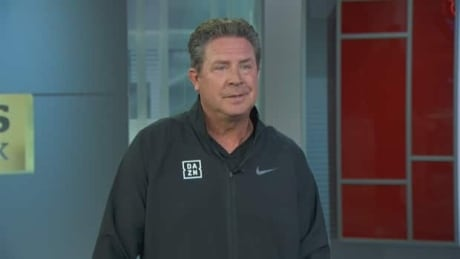 Marino pays tribute to Kobe before previewing Super Bowl
