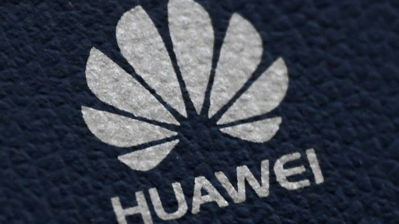 U.K.'s plan to deal with Huawei 5G provides an uncertain course for Canada to consider