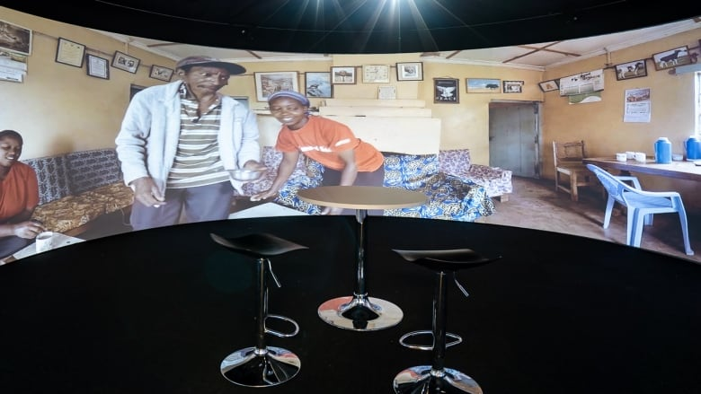 360-degree theater teaches youth about developing countries
