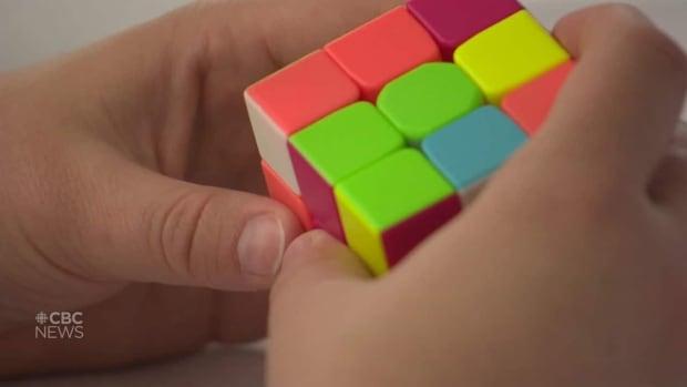 Teaching the Rubik's cube | CBC News