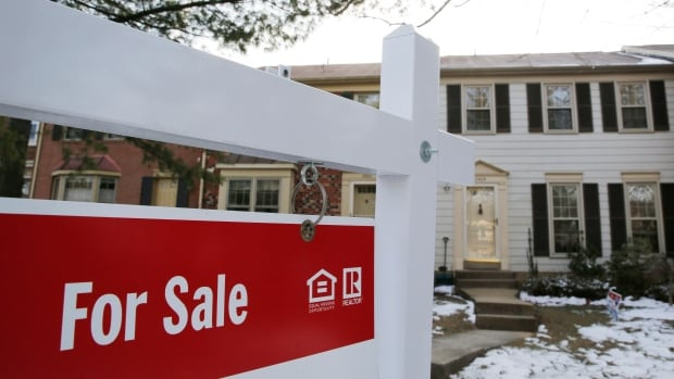 Canadian home sales see a record December — and a record 2020 | CBC News