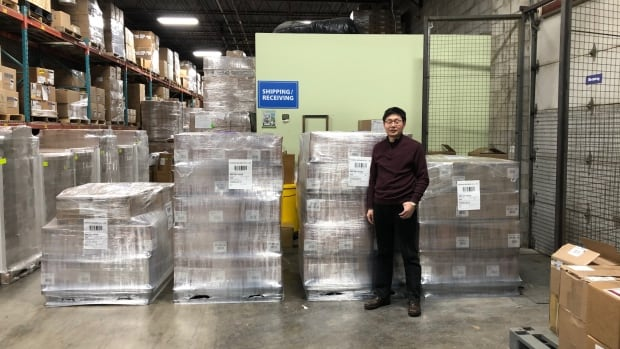 Medical goods in tight supply as Chinese Canadian groups try to aid China | CBC News