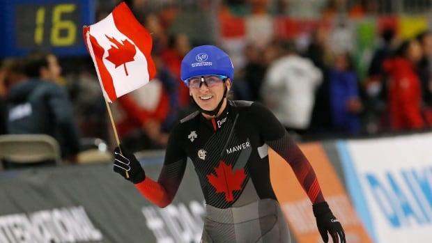 Ivanie Blondin claims mass start gold at world speed skating championships | CBC Sports