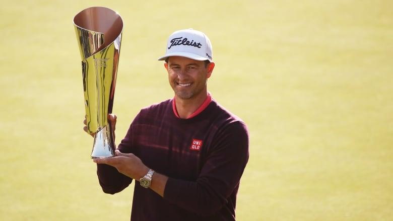 Scott wins Genesis Invitational, Woods stumbles