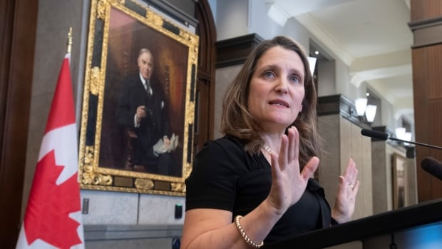 Freeland agrees to NDP trade pitch in return for new NAFTA support: letter | CBC News