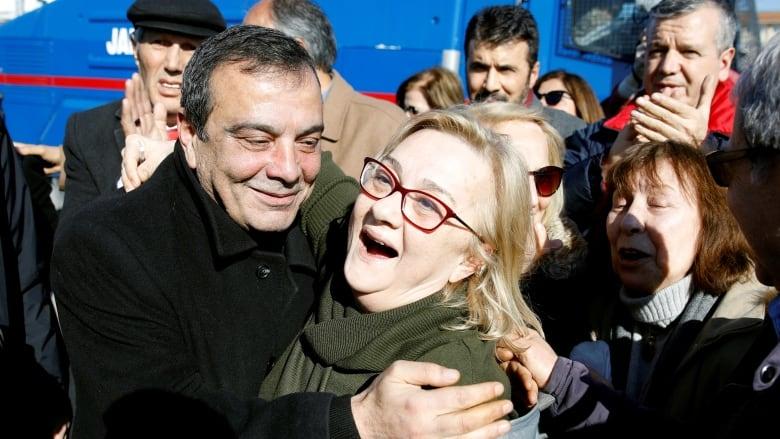 Gezi Park protests: Turkey acquits nine activists