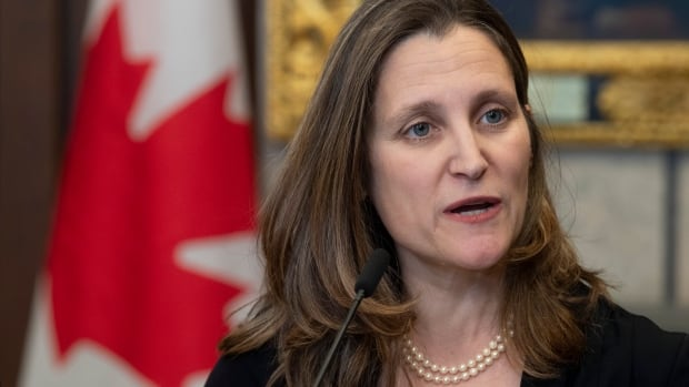 Freeland blasts Tories, thanks NDP for support on pushing new NAFTA forward