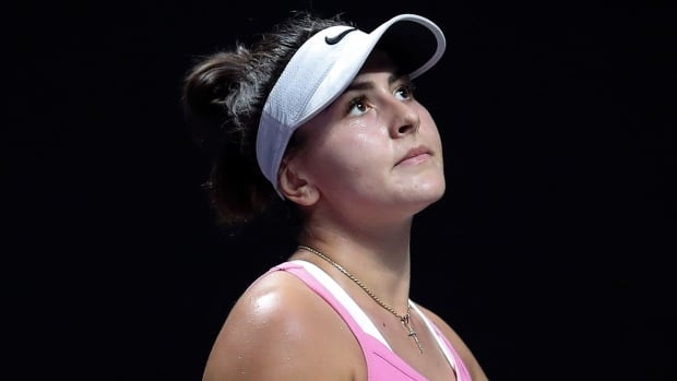 Bianca Andreescu drops out of 4th tournament of 2020 with lingering knee injury | CBC Sports