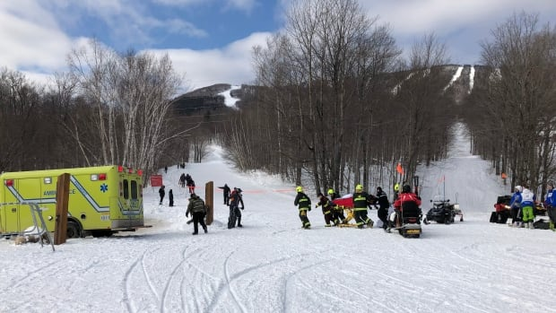Several minor injuries reported after Mont Sainte-Anne ski lift comes to sudden stop | CBC News