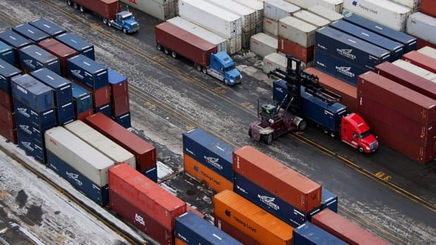 Rail blockades causing containers to pile up at Canadian ports | CBC News