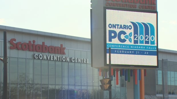Ontario Federation of Labour to protest outside provincial PC convention | CBC News
