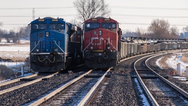 CN, CP trains sharing rail lines to keep supplying Canada during blockades | CBC News