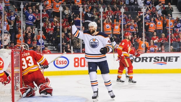 Optimism in Edmonton, angst in Calgary as final push for playoffs begins | CBC Sports