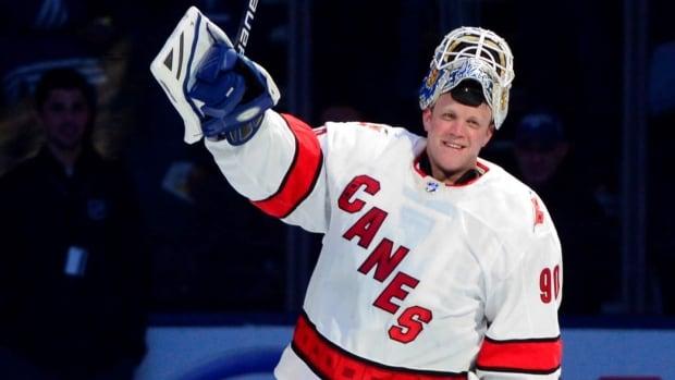 'It's great!' Emergency goalie David Ayres describes star treatment   CBC News