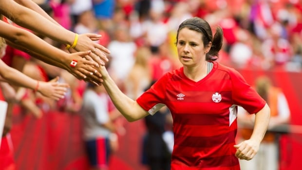 Women's soccer gets boost from return of Diana Matheson after 1-year injury absence | CBC Sports