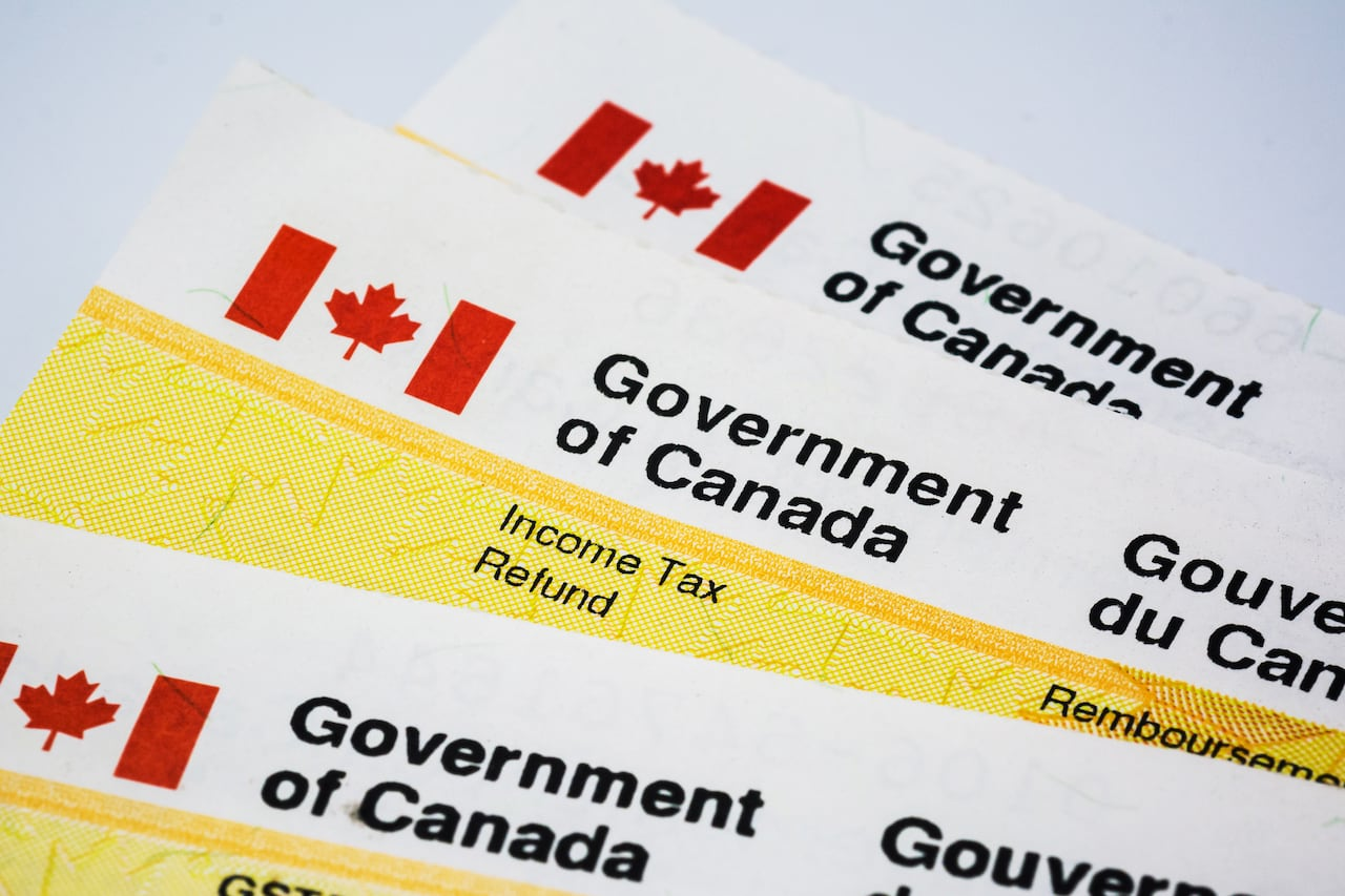 28 free things from the government of canada