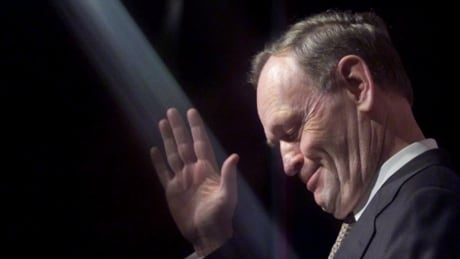 Jean Chrétien at the Liberal Biennial convention on March 17, 2000