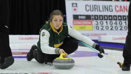 Alberta-Pandas-curling