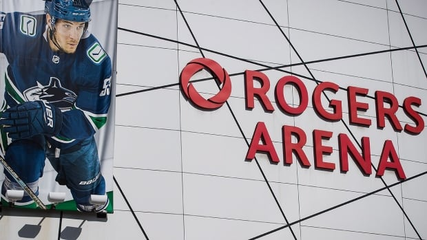 Rogers Arena's 25th birthday sparks memories from the past — and questions about what lies ahead | CBC News