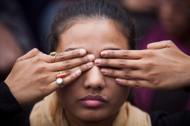 India hangs four men for Delhi bus rape and murder