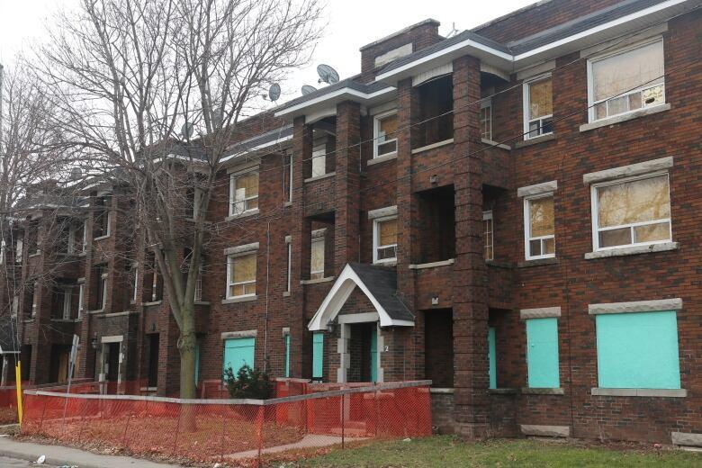 Ottawa tenants organizing rent strike amid COVID-19 lay-offs
