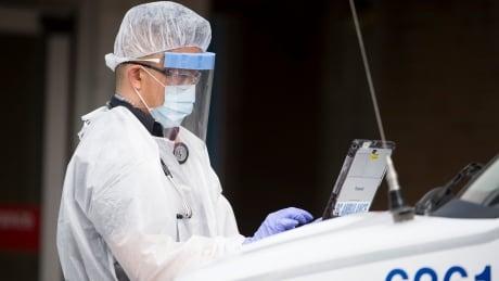 COVID-19 paramedic Canada 20200323