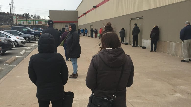Store owners say some still not following 'physical distancing ...