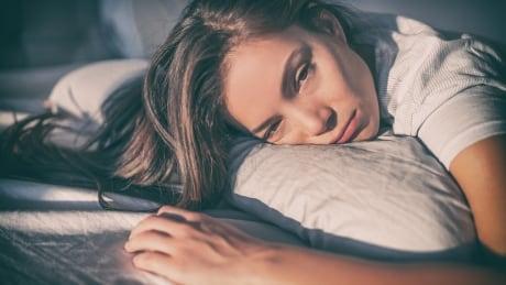 insomnia woman sleep problems