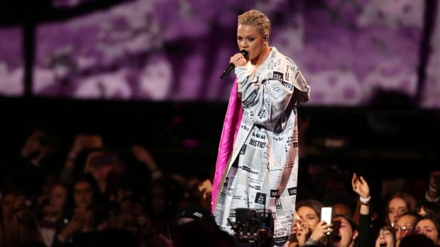 U.S. singer Pink says she tested positive for COVID-19   CBC News