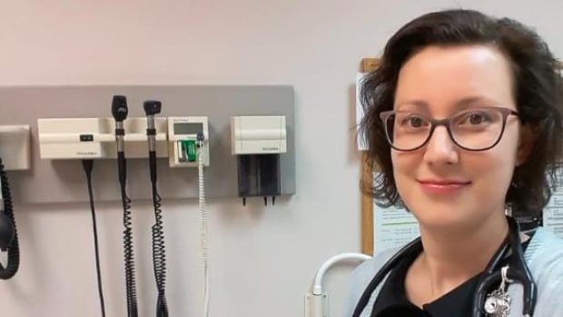 Doctors updating their wills as they risk facing COVID-19 without enough equipment | CBC News