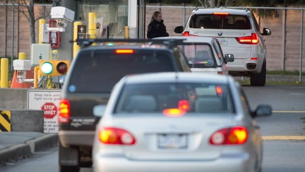 Alaska man arrested at B.C. border crossing faces firearms, smuggling charges