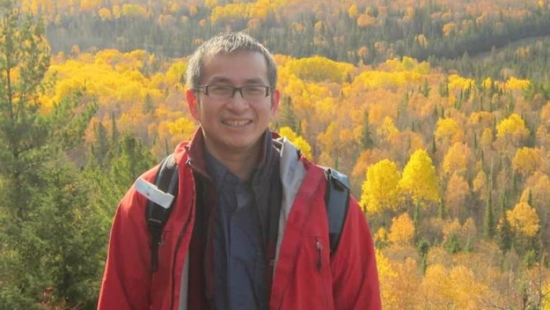 Quebec doctor dies from COVID-19 | CBC News