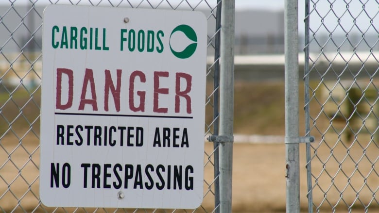 Corbella: Cargill, JBS and province failed at keeping workers safe