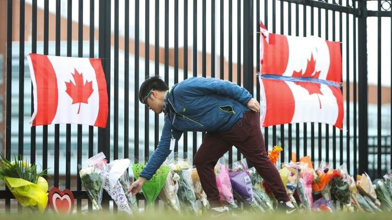 'I don't use Twitter': Canadian police slammed for tweets on shooter
