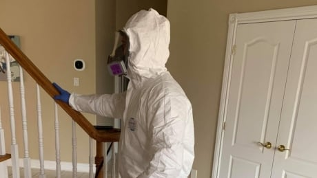 Home visits COVID suited up pest control