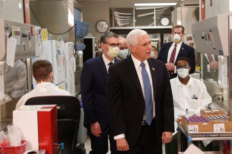 Pence bucks Mayo Clinic's mandatory mask policy during visit