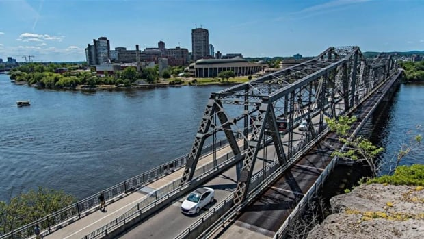 NCC approves design principles for new Alexandra Bridge   CBC News