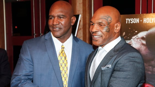 Former heavyweight champs Tyson, Holyfield preparing for possible comebacks