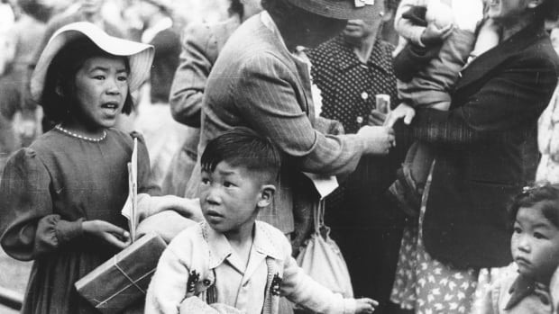B.C. gives $2M to Japanese Canadian seniors as step toward righting internment wrongs | CBC News