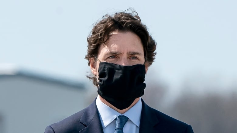 Canadians should wear masks as an 'added layer of protection,' says Tam