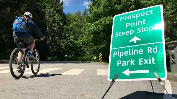 2 Stanley Park businesses launch lawsuit over roadway bike lane | CBC News