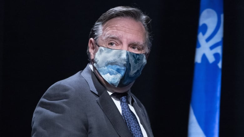 Quebec Ombudsman weighs in, approves of mandatory masks