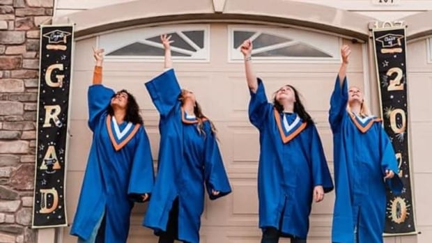 Students get drive-by graduation celebration in Fort McMurray