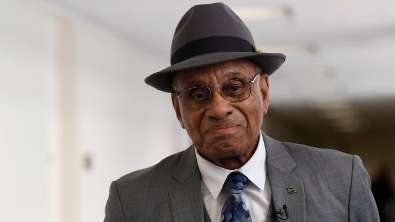 Willie O'Ree pained by racism in society, hockey | CBC Sports