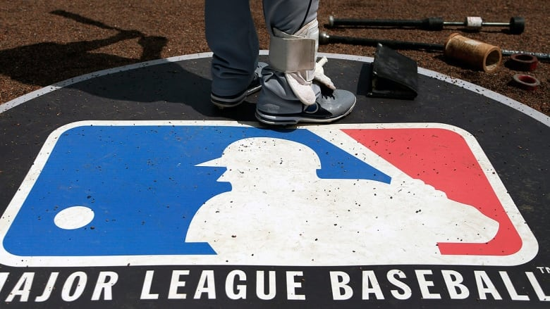 Major League Baseball proposes 76-game season