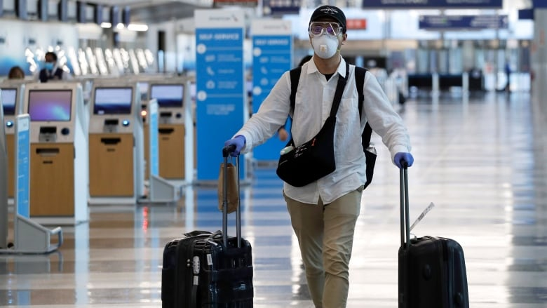 virus outbreak illinois air travel